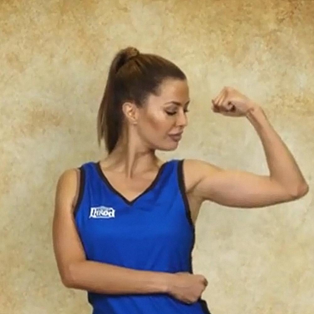 Виктория Боня в отличной форме!